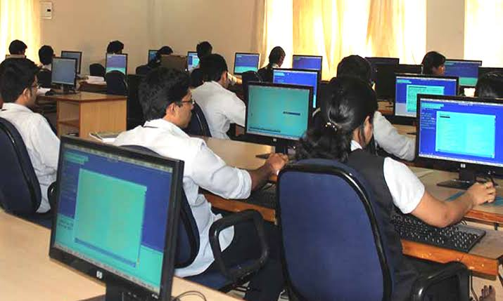 സൈബർശ്രീ സി-ഡിറ്റിൽ സൗജന്യ പരിശീലനം: 1000 രൂപ സ്റ്റൈപ്പൻഡ്