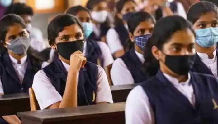 പ്ലസ് വൺ പ്രവേശനം: സ്കൂൾ /കോഴ്സ് മാറ്റത്തിന് അപേക്ഷിക്കാം